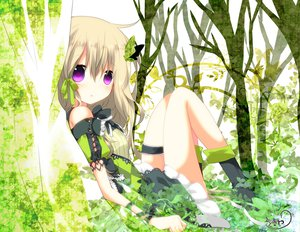 Rating: Safe Score: 106 Tags: blonde_hair butterfly dress forest green nana_kusun original purple_eyes tree User: ガラス