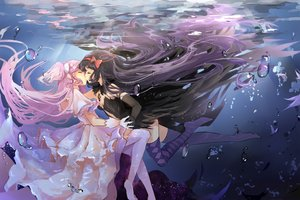 Rating: Safe Score: 128 Tags: 2girls akemi_homura akuma_homura bubbles dango_(dangowalolicon) dress gloves jpeg_artifacts kaname_madoka kiss long_hair mahou_shoujo_madoka_magica mahou_shoujo_madoka_magica_movie shoujo_ai thighhighs ultimate_madoka underwater water User: Flandre93
