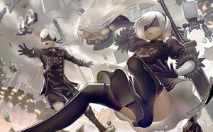Rating: Safe Score: 35 Tags: aqua_eyes blindfold boots choker elbow_gloves gloves katana long_hair male necklace nier nier:_automata pod_(nier:_automata) robot short_hair sword tagme_(artist) thighhighs weapon white_hair yorha_unit_no._2_type_a yorha_unit_no._2_type_b yorha_unit_no._9_type_s User: otaku_emmy