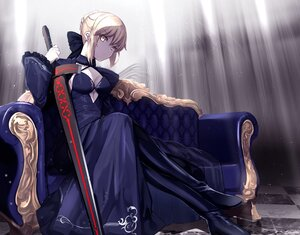 Rating: Safe Score: 100 Tags: artoria_pendragon_(all) blonde_hair braids breasts cleavage fate/grand_order fate_(series) gloves saber saber_alter short_hair sword untue weapon yellow_eyes User: BattlequeenYume