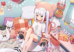 Rating: Safe Score: 66 Tags: aliasing barefoot bed bicolored_eyes blush candy doll drink food gray_hair kagura_mea kagura_mea_channel lollipop long_hair momoshiki_tsubaki phone shorts teddy_bear twintails User: otaku_emmy