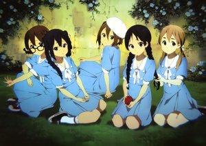 Rating: Safe Score: 111 Tags: akiyama_mio dress glasses hirasawa_yui horiguchi_yukiko k-on! kotobuki_tsumugi nakano_azusa scan school_uniform tainaka_ritsu User: Wiresetc