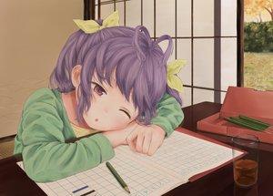 Rating: Safe Score: 84 Tags: drink loli miyauchi_renge non_non_biyori paper papi_(papiron100) ponytail purple_eyes purple_hair realistic tree wink User: humanpinka