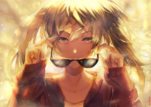 Rating: Safe Score: 104 Tags: close hatsune_miku red_hod suna_no_wakusei_(vocaloid) sunglasses vocaloid User: FormX