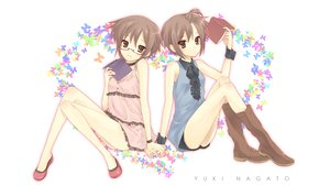 Rating: Questionable Score: 30 Tags: book glasses nagato_yuki suzumiya_haruhi_no_yuutsu User: w7382001