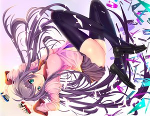 Rating: Questionable Score: 102 Tags: bakemonogatari blue_eyes long_hair monogatari_(series) purple_hair seifuku senjougahara_hitagi skirt thighhighs User: HawthorneKitty