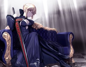 Rating: Safe Score: 73 Tags: artoria_pendragon_(all) blonde_hair braids fate/grand_order fate_(series) gloves saber saber_alter short_hair sword untue weapon yellow_eyes User: BattlequeenYume