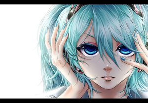 Rating: Safe Score: 40 Tags: akiakane close hatsune_miku migikata_no_chou_(vocaloid) vocaloid User: HawthorneKitty