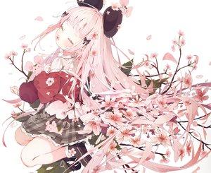 Rating: Safe Score: 91 Tags: animal animal_ears cherry_blossoms cropped dolphro-kun flowers leaves loli long_hair mouse mousegirl original pink_hair school_uniform skirt User: otaku_emmy