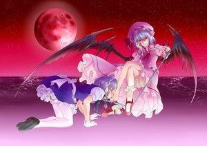 Rating: Safe Score: 29 Tags: 2girls chain garter gray_hair hat izayoi_sakuya maid moon red_eyes remilia_scarlet touhou vampire wings User: gnarf1975