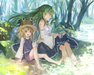 Rating: Safe Score: 90 Tags: 2girls barefoot blonde_hair dress green_eyes green_hair hat japanese_clothes kochiya_sanae miko moriya_suwako touhou wet zrero User: opai