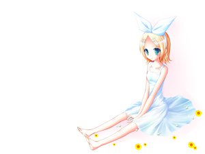 Rating: Safe Score: 35 Tags: barefoot blonde_hair blue_eyes flowers kagamine_rin short_hair summer_dress vocaloid white User: HawthorneKitty
