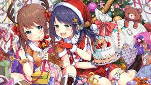 Rating: Safe Score: 43 Tags: 2girls bell blue_hair blush boots brown_hair cake cat_smile christmas food fruit gloves green_eyes hat horns long_hair original pomu ribbons santa_costume santa_hat skirt strawberry teddy_bear twintails User: RyuZU