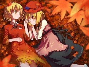 Rating: Safe Score: 49 Tags: aki_minoriko aki_shizuha blonde_hair gochou_(comedia80) hat leaves red_eyes short_hair touhou yellow_eyes User: HawthorneKitty