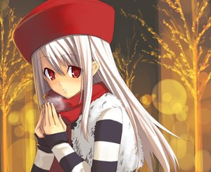 Rating: Safe Score: 17 Tags: fate_(series) fate/stay_night hat illyasviel_von_einzbern red_eyes scarf shingo_(missing_link) User: Oyashiro-sama