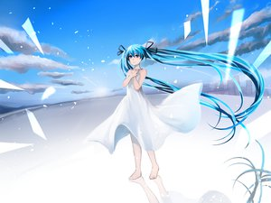 Rating: Safe Score: 45 Tags: dress hatsune_miku noboes vocaloid User: FormX