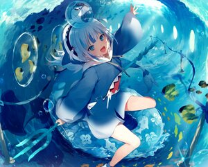 Rating: Safe Score: 45 Tags: animal blue_eyes bubbles fish gawr_gura gray_hair hololive hoodie short_hair sirentab swim_ring tail underwater water weapon User: otaku_emmy