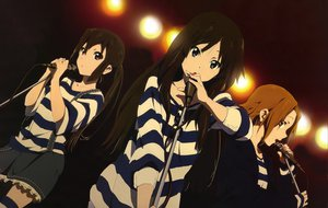 Rating: Safe Score: 91 Tags: akiyama_mio black_eyes black_hair brown_eyes brown_hair group k-on! long_hair microphone nakano_azusa short_hair skirt tainaka_ritsu User: Tensa