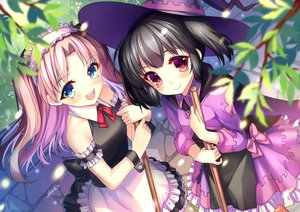 Rating: Safe Score: 119 Tags: 2girls abondz aqua_eyes black_hair hat jpeg_artifacts maaryan maid pink_hair red_eyes signed to_heart to_heart_2 to_heart_2_dungeon_travelers witch yuzuhara_konomi User: Wiresetc