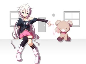 Rating: Safe Score: 151 Tags: ia teddy_bear vocaloid yuzuki_kei User: FormX