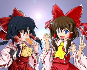 Rating: Safe Score: 14 Tags: black_hair blue_eyes brown_hair hakurei_reimu japanese_clothes long_hair miko red_eyes ribbons touhou User: Oyashiro-sama