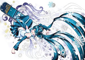 Rating: Safe Score: 92 Tags: earmuffs hatsune_miku snow torigoe_takumi twintails vocaloid User: aoyoru