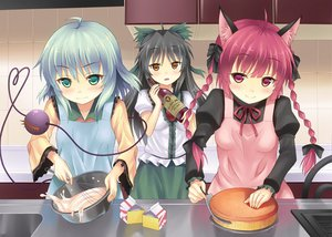 Rating: Safe Score: 86 Tags: animal_ears black_hair blush bow food green_eyes kaenbyou_rin komeiji_koishi long_hair rasahan red_eyes red_hair reiuji_utsuho short_hair touhou yellow_eyes User: Maboroshi