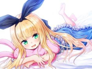 Rating: Safe Score: 22 Tags: baram barefoot bed blonde_hair bunny cat_smile green_eyes headband hug loli lolita_fashion long_hair mononobe_alice nijisanji User: otaku_emmy