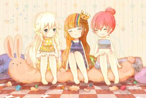 Rating: Safe Score: 43 Tags: akikoloid-chan bunny crown galaco ia red_hair sea-no tagme vocaloid User: lenismine
