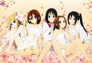 Rating: Questionable Score: 85 Tags: akiyama_mio black_hair blonde_hair brown_hair dress flowers hirasawa_yui k-on! kotobuki_tsumugi nakano_azusa scan tainaka_ritsu User: Wiresetc