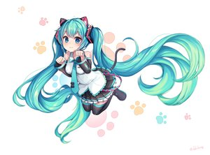 Rating: Safe Score: 49 Tags: catgirl cat_smile ddobong_(aky2374) hatsune_miku vocaloid User: FormX