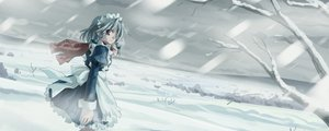 Rating: Safe Score: 17 Tags: dualscreen izayoi_sakuya maid scarf snow touhou winter yuuki_tatsuya User: Oyashiro-sama