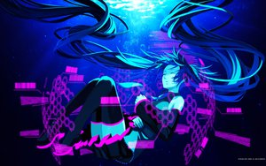 Rating: Safe Score: 116 Tags: hatsune_miku mikumix osamu_(jagabata) underwater vocaloid water User: anaraquelk2