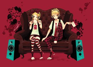 Rating: Safe Score: 53 Tags: couch jpeg_artifacts kagamine_len kagamine_rin male tagme_(artist) vocaloid User: HawthorneKitty