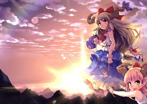 Rating: Safe Score: 59 Tags: bow chain clouds dress horns ibuki_suika long_hair pink_hair sinchi sky sunset touhou yellow_eyes User: opai