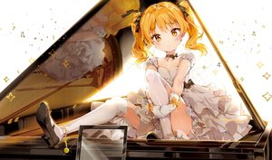 Rating: Safe Score: 136 Tags: anmi blonde_hair blush bow choker cropped dress gloves hikaru_(houkago_no_pleiades) houkago_no_pleiades instrument kneehighs music piano reflection ribbons scan twintails yellow_eyes User: BattlequeenYume