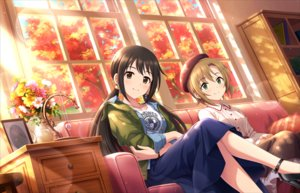 Rating: Safe Score: 23 Tags: 2girls annin_doufu autumn brown_eyes brown_hair couch flowers green_eyes hat idolmaster idolmaster_cinderella_girls idolmaster_cinderella_girls_starlight_stage long_hair nakano_yuka necklace short_hair skirt tada_riina twintails wristwear User: luckyluna