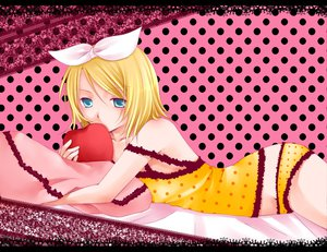 Rating: Safe Score: 39 Tags: kagamine_rin romeo_and_cinderella_(vocaloid) vocaloid User: HawthorneKitty