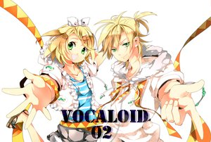 Rating: Safe Score: 24 Tags: kagamine_len kagamine_rin vocaloid User: HawthorneKitty