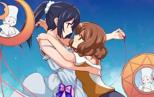Rating: Safe Score: 39 Tags: 2girls blue_hair bow brown_eyes brown_hair clouds dress hibike!_euphonium hug hu_sea kousaka_reina long_hair oumae_kumiko ponytail purple_eyes ribbons short_hair shoujo_ai sky User: FormX