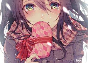 Rating: Safe Score: 89 Tags: black_hair blush chita_(ketchup) close long_hair original scarf tears valentine User: RyuZU