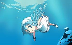 Rating: Safe Score: 28 Tags: anbe_masahiro blue blue_eyes blue_hair ikamusume loli shinryaku!_ikamusume underwater water User: korokun