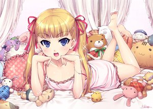 Rating: Safe Score: 135 Tags: barefoot blonde_hair blue_eyes doll mozuya-san_gyakujousuru mozuya_koto otsumami teddy_bear twintails User: opai