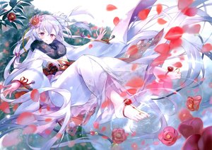 Rating: Safe Score: 50 Tags: flowers gray_hair ibara_riato japanese_clothes kimono long_hair original petals purple_eyes scan User: Nepcoheart