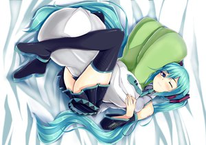 Rating: Safe Score: 194 Tags: aqua_hair blue_eyes blush hatsune_miku headphones long_hair nekur thighhighs twintails vocaloid wink User: SciFi