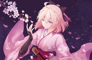 Rating: Safe Score: 66 Tags: bamboo_(akimotoaki) bow cherry_blossoms fate/grand_order fate_(series) flowers katana okita_souji_(fate) petals short_hair sword weapon User: RyuZU