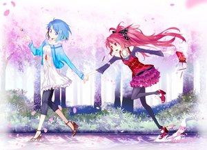 Rating: Safe Score: 71 Tags: 2girls blue_hair cherry_blossoms dress flowers hong_(white_spider) kyuubee mahou_shoujo_madoka_magica miki_sayaka petals red_hair sakura_kyouko User: HawthorneKitty