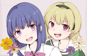 Rating: Safe Score: 40 Tags: 2girls bow close fang flowers furude_rika headband higurashi_no_naku_koro_ni hiroe_(cosmos_blue-02_421) houjou_satoko school_uniform User: luckyluna
