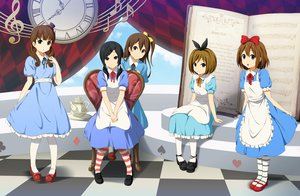 Rating: Safe Score: 68 Tags: alice_in_wonderland black_hair bow brown_hair cosplay dress group hirasawa_yui kinoshita_shizuka k-on! satou_akane shian_(my_lonly_life.) taki_eri wakaouji_ichigo User: gnarf1975