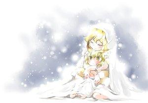 Rating: Safe Score: 33 Tags: 2girls blonde_hair ikuta_takanon snow touhou yakumo_ran yakumo_yukari yellow_eyes User: SciFi
